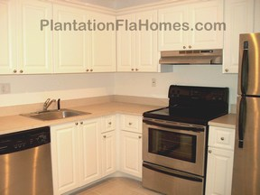 Bela Sera in Plantation FL - updated kitchens