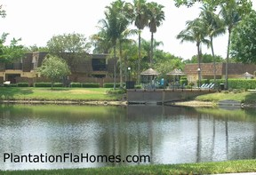 Waterford Courtyards in Plantation Florida